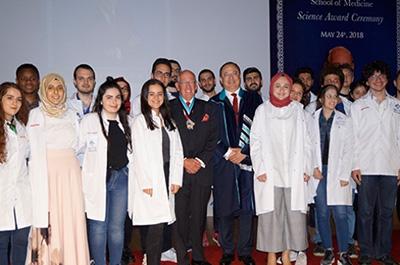 bau tıp bilim nişanı