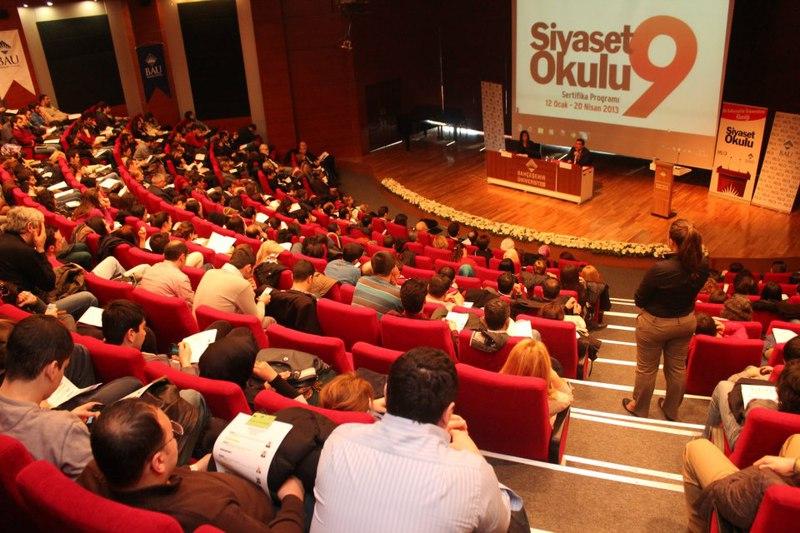 http://content.bahcesehir.edu.tr/Bahçeşehir Üniversitesi Siyaset Okulu 9, Sekizinci Hafta