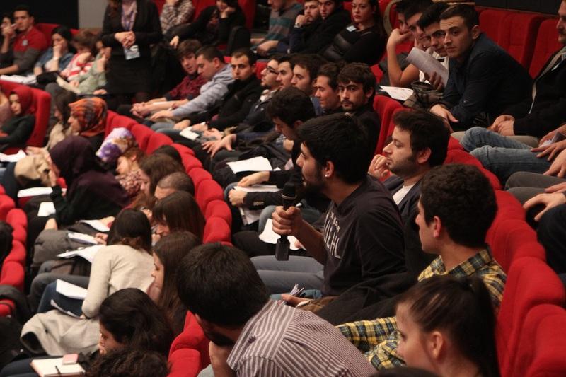 http://content.bahcesehir.edu.tr/siyaset, okul, hlo, bau, burak küntay