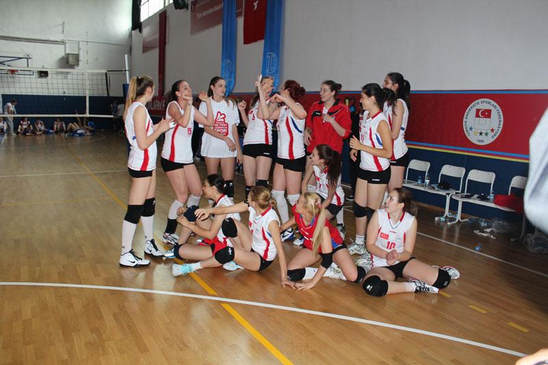http://content.bahcesehir.edu.tr/bau, spor, şampiyon, voleybol, sporcu, burs