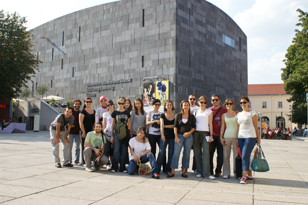 http://content.bahcesehir.edu.tr/Bahçeşehir Üniversitesi Mimarlık ve Tasarım Fakültesi VİYANA / PRAG Teknik Gezisi / 2008