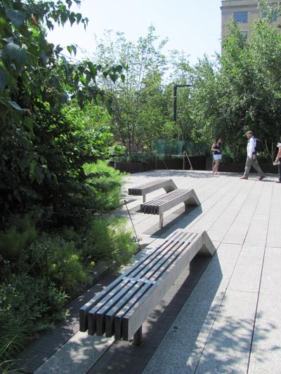 http://content.bahcesehir.edu.tr/Bahçeşehir Üniversitesi Mimarlık ve Tasarım Fakültesi ABD 2012